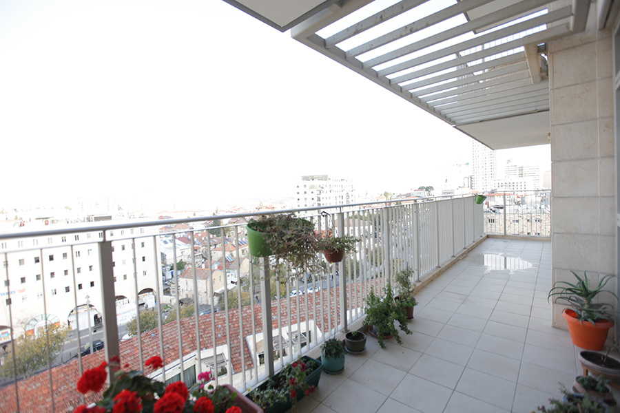 Eta-Morris-Jerusalem-Realty-ID106_IMG_9693